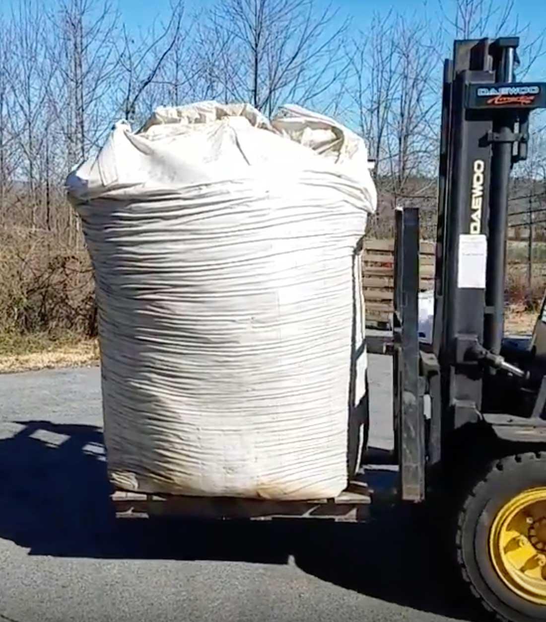 Straight Biochar high fixed carbon 2yd super sack